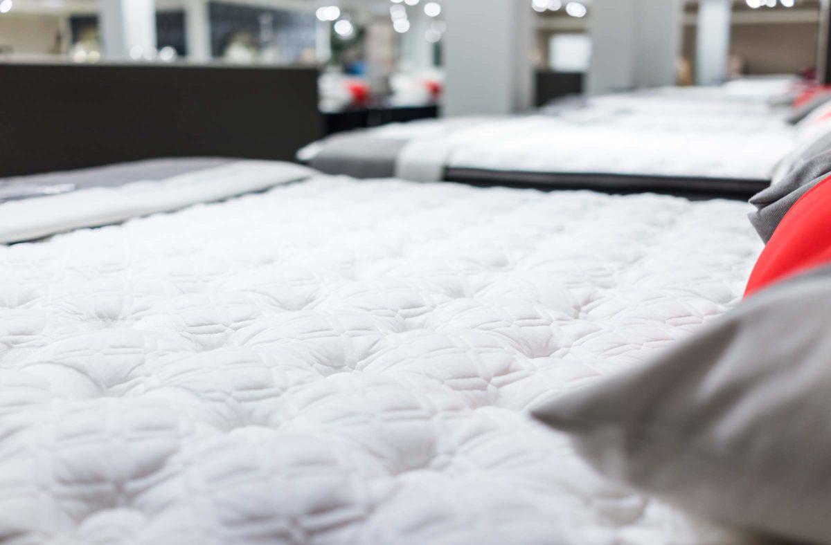 Basics Matelas /à Ressorts Extra Confortable avec Sept Zones Douces 140 x 190 cm Moyen H3